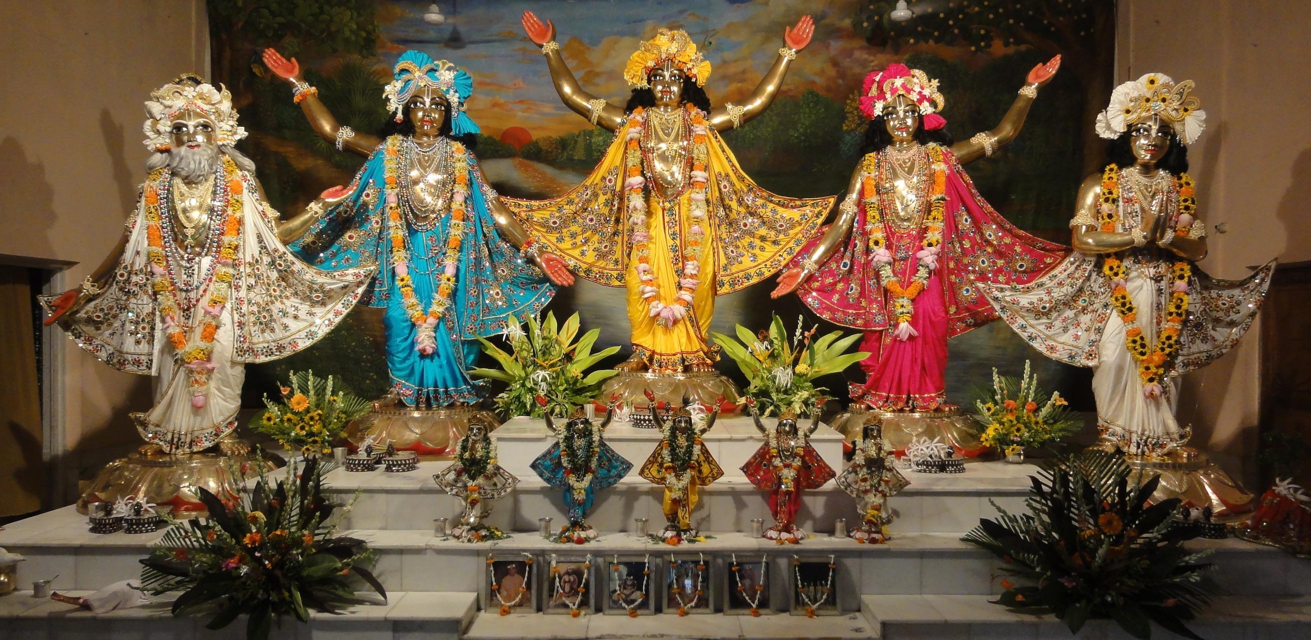 ISKCON Mayapur – Sri Mayapur Chandrodaya Mandir - India